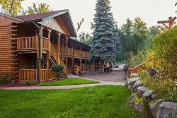 The Ponderosa Log Accommodations as presented by Meadowbrook Resort & Dells Packages in Wisconsin Dells